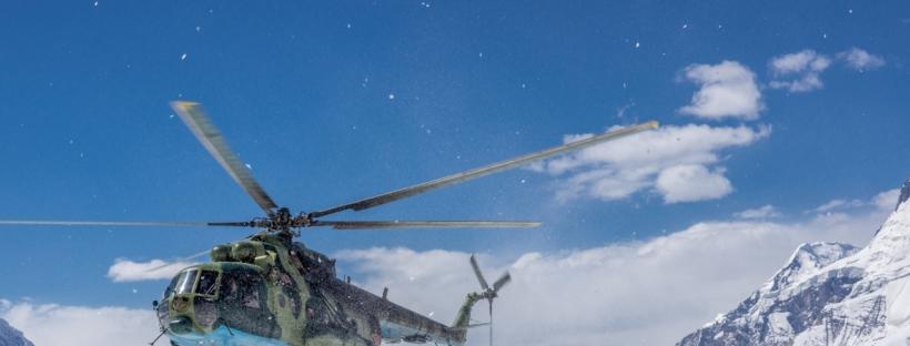 Flug zum Basislager des Khan Tengri mit einer ex-sowjetischen Mil Mi-24